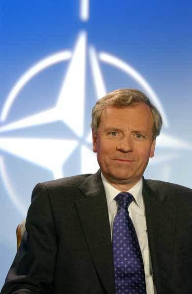 Jaap de Hoop Scheffer NATO Review