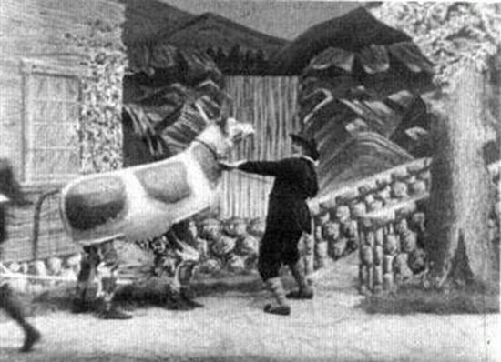 Jack and the Beanstalk (1902 film) Jack and the Beanstalk 1902 The Public Domain Review