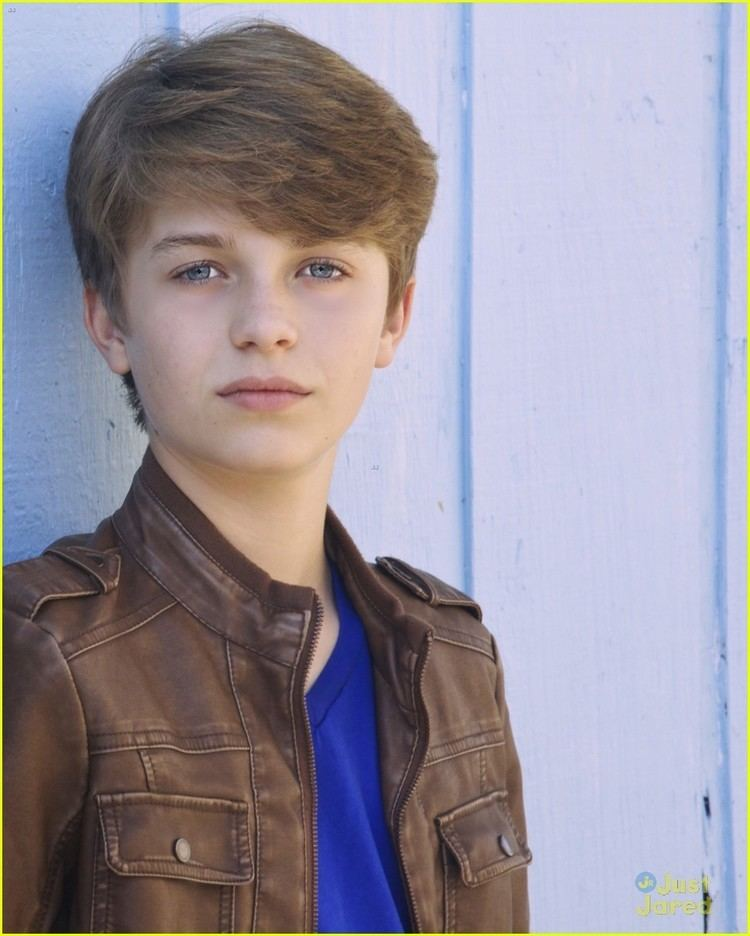 Jacob Hopkins Meet 39The Goldbergs39 Actor Jacob Hopkins Get to Know Him