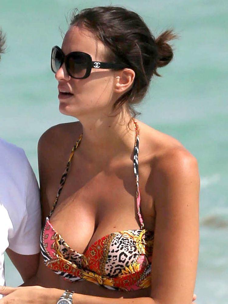 Jade Foret Jade Foret Pregnant in a Bikini Miami Beach