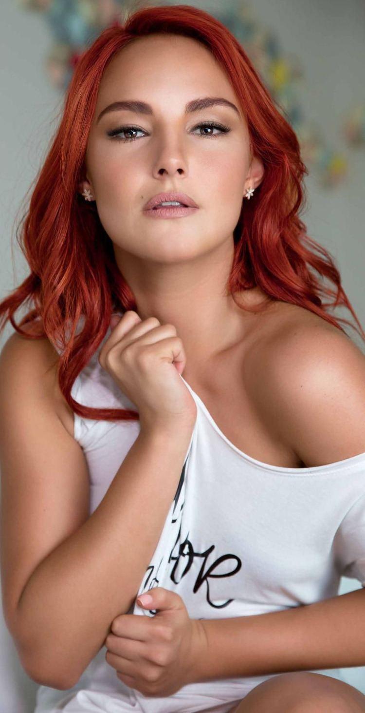 Jade Fraser Arts Cross Stitch Actress Jade Fraser Open Mexico July 2016