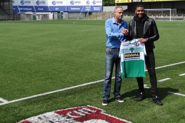 Jafar Arias Jafar Arias naar FC Dordrecht FC Dordrecht