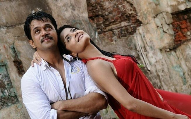 Jai Hind (film) movie scenes Arjunin Jai Hind 2 is the kind of film about which you shrug and say Well if you liked Jai Hind This isn t exactly a sequel the characters are