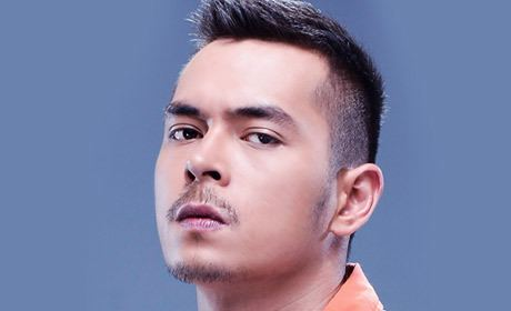 Jake Cuenca Jake Cuenca nominated at the 4th Queens World Film Festival