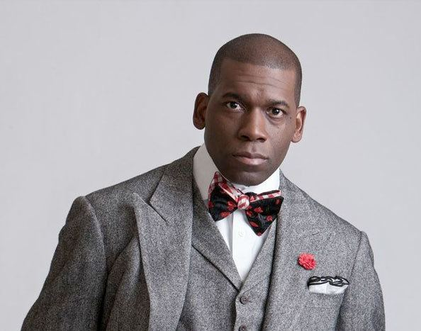 Jamal Harrison Bryant pastormidshotjpg