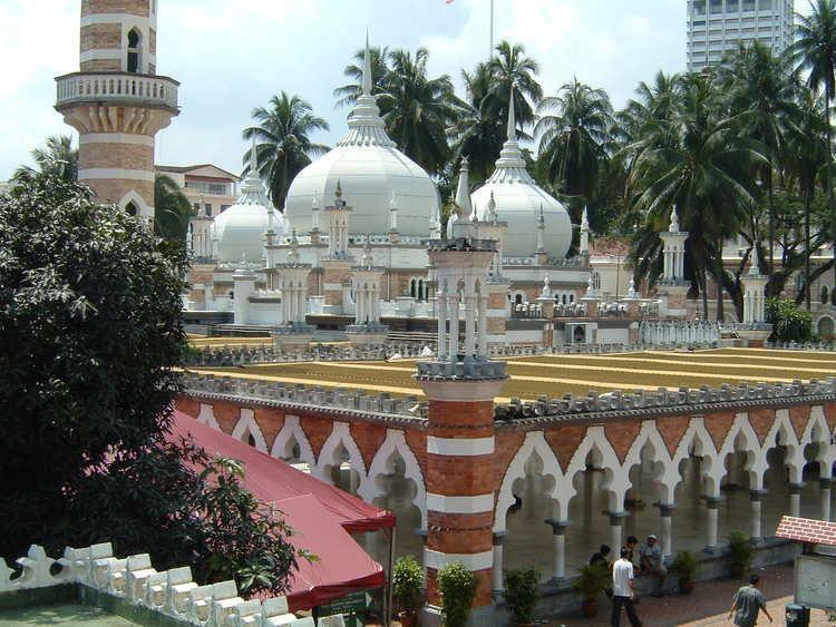 Jamek Mosque httpsuploadwikimediaorgwikipediacommons44