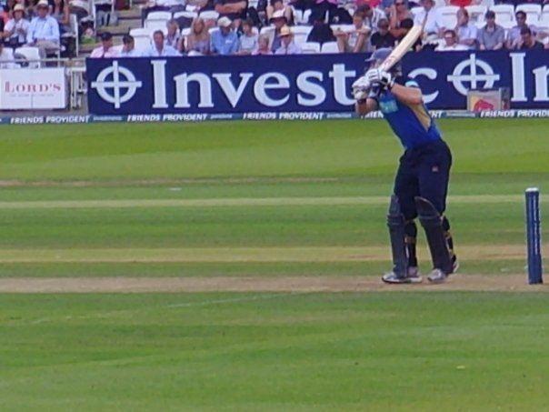 James Adams (cricketer, born 1980)