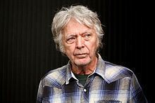 James Benning (film director) httpsuploadwikimediaorgwikipediacommonsthu