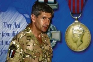 James Chiswell Para commanders are to be given top leadership awards From Gazette