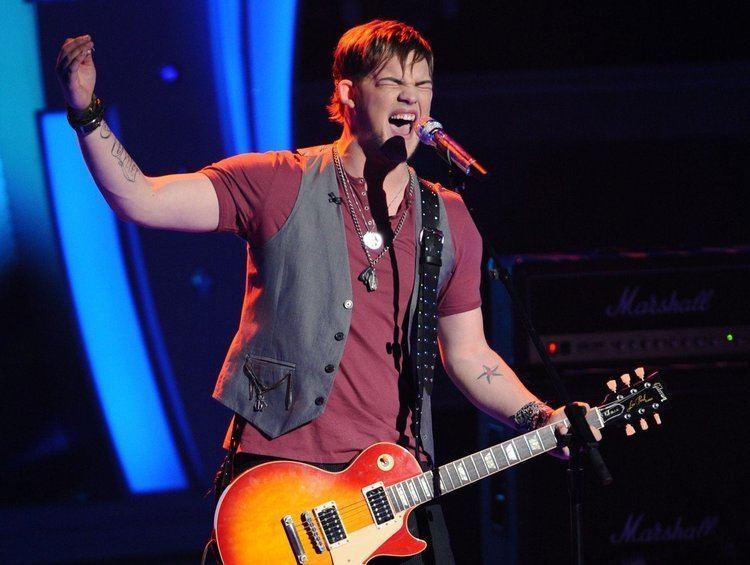 James Durbin (singer) American Idol39 Top 6 recap James Durbin steals the show