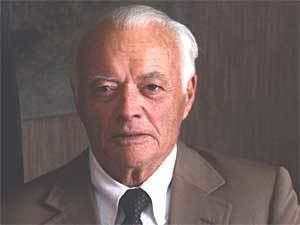 James H. Binger newsminnesotapublicradioorgfeatures20041104