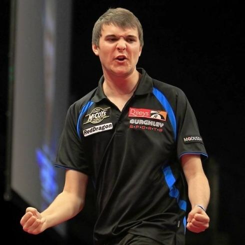 James Hubbard (darts player) wwweveningnews24coukpolopolyfs11381562ima