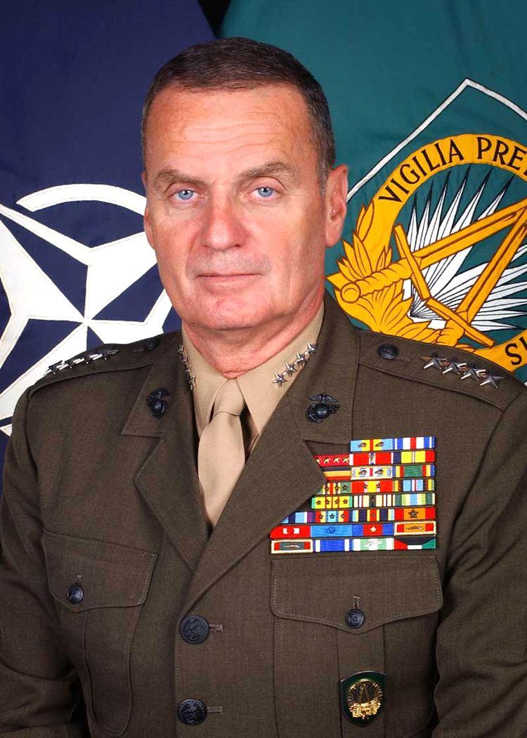 James L. Jones httpsuploadwikimediaorgwikipediacommons33