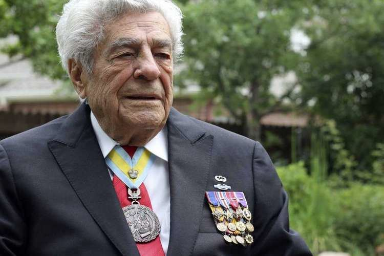 James Megellas WWII vet could land one more big honor San Antonio ExpressNews