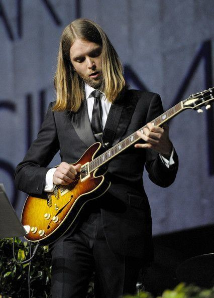 James Valentine (musician) James Valentine in 2012 Art of Elysium Heaven Gala Show