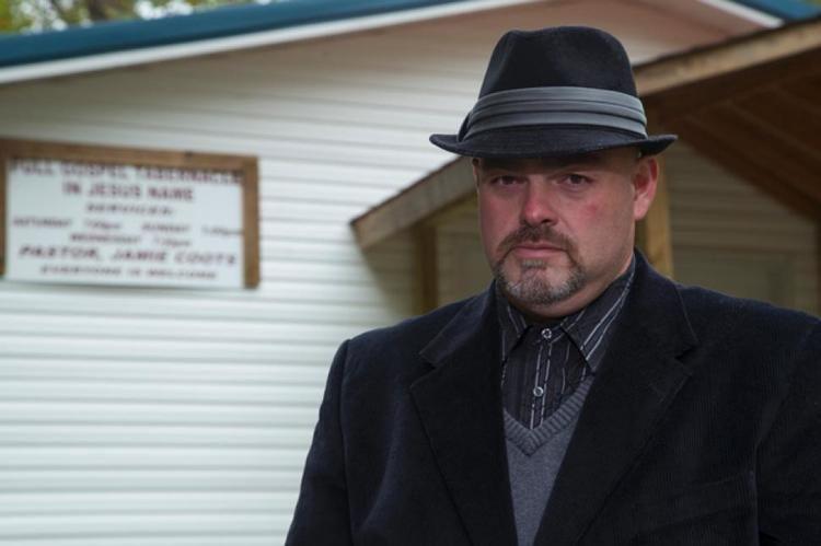 Jamie Coots Pastor Jamie Coots snakehandling TV preacher dies of