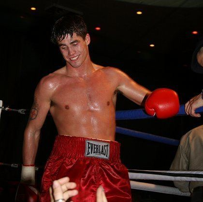 Jamie Cox Pro Boxing Swindon Jamie Cox tops bill at Oasis SwindonWeb