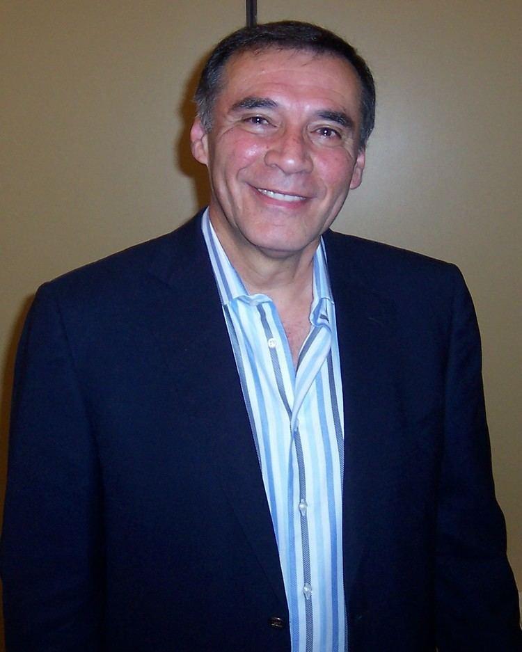 Jamil Mahuad httpsuploadwikimediaorgwikipediacommonsaa