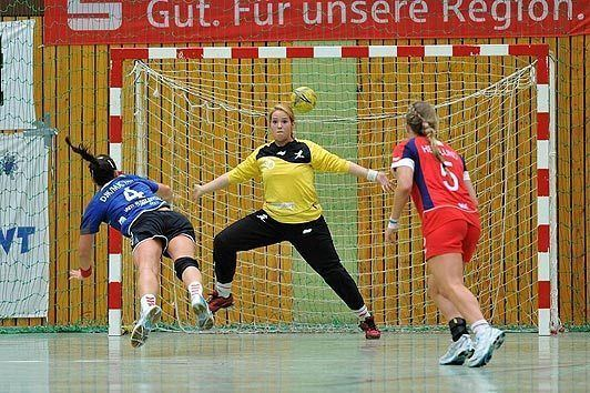 Jane Mayes I shed 6st to win a place on Olympic handball team says Jane Mayes