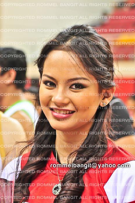 Janela Joy Cuaton Janela Joy Cuaton from Philippines poses for Photographer