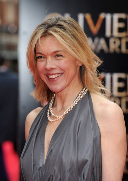 Janie Dee Janie Dee Photos The Laurence Olivier Awards Red