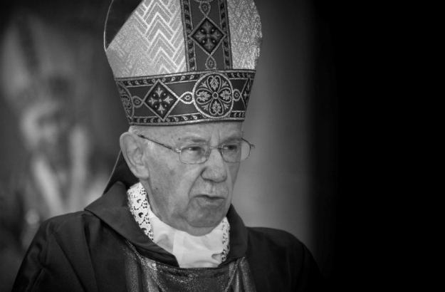 Janusz Bolonek Zmar nuncjusz apostolski senior abp Janusz Bolonek WP Wiadomoci