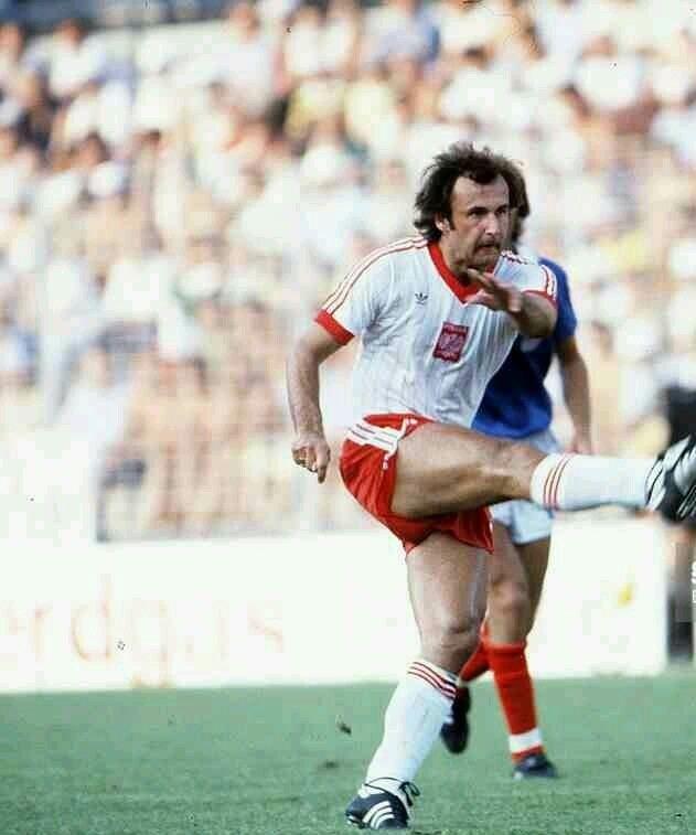 Janusz Kupcewicz France 2 Poland 3 in 1982 in Alicante Janusz Kupcewicz makes it 31