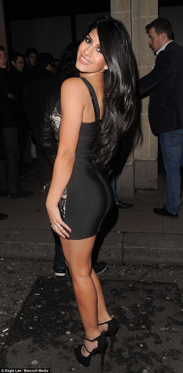 Jasmin Walia TOWIE39s Jasmin Walia steps out in yet ANOTHER revealing