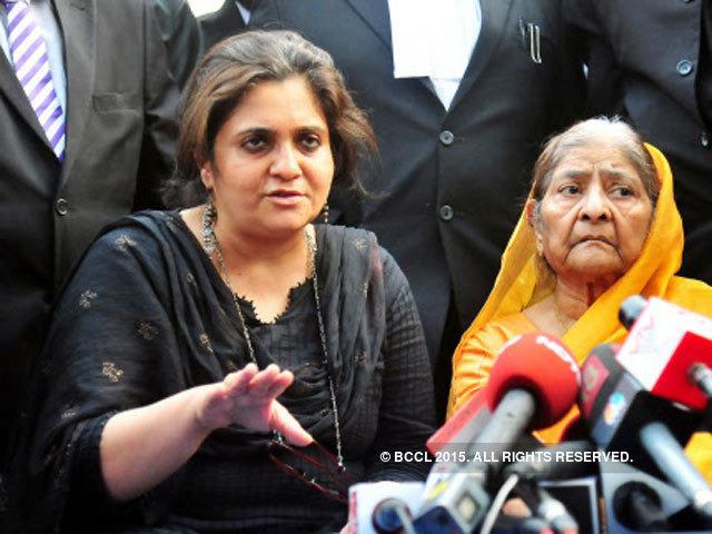 Javed Anand Supreme Court stays arrest of Teesta Setalvad and husband