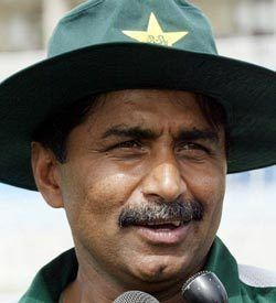 Javed Miandad Player Of The Month
