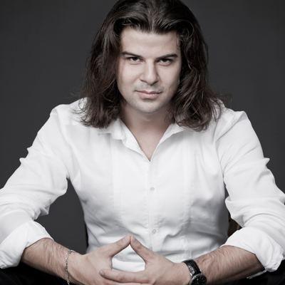 Javid Samadov httpswwwstaatstheaternuernbergdemediaPubli