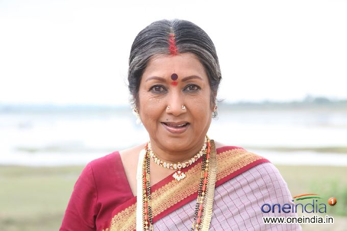Jayanthi (actress) photosfilmibeatcomphbig201206jayanthi13402