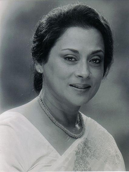 Jayasree Kabir wwwrainbowfilmsocietycomimageJayasreejpg