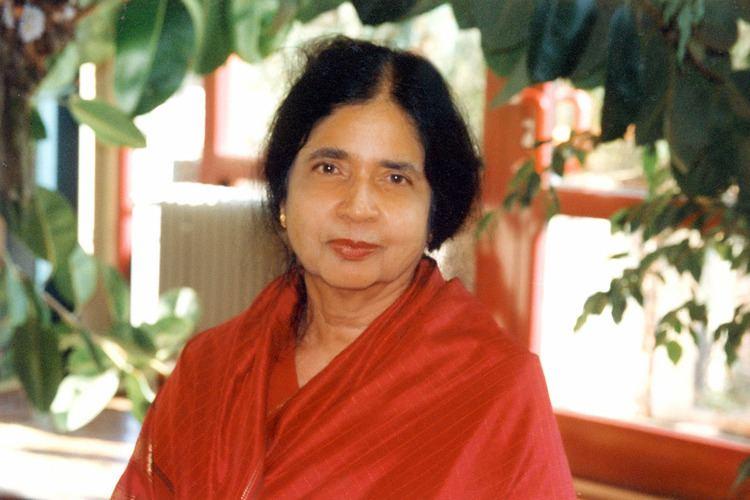 Jean Arasanayagam Jean Arasanayagam Poet Author Activist Thuppahi39s Blog