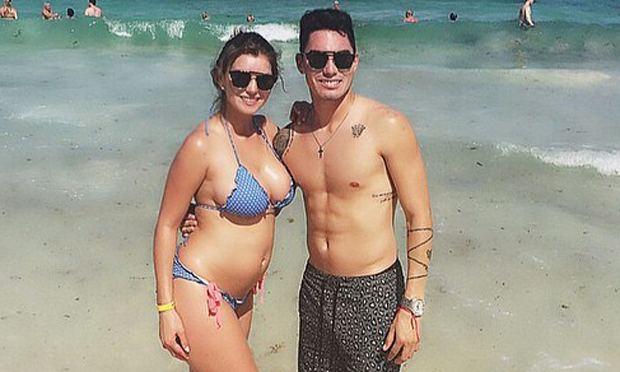 Jean Paul Pineda INSTAGRAM Faloon muestra su embarazo en bikini junto al