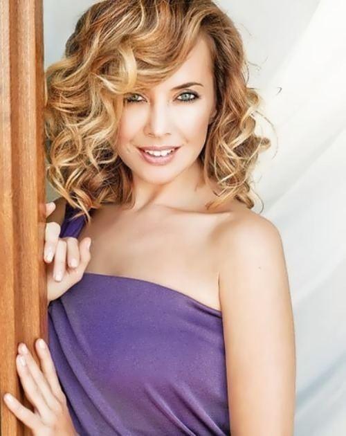 Jeanna Friske Zhanna Friske pop singer TV host Russian Personalities
