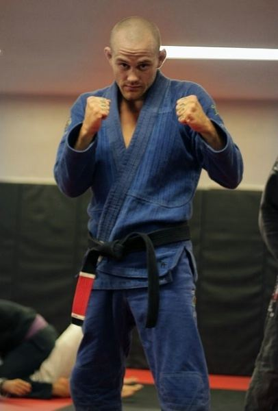 Jeff Glover Resident Jiu Jitsu Fighter Trains for World Championship