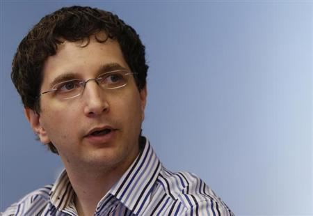 Jeff Moss (hacker) Hackers convention ask government to stay away over Snowden