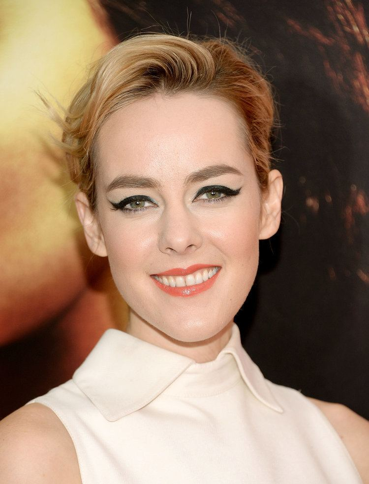 Jena Malone What role is Jena Malone playing in Batman v Superman