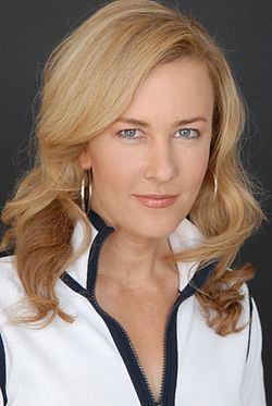 Jennifer Aaker httpsuploadwikimediaorgwikipediacommonsthu