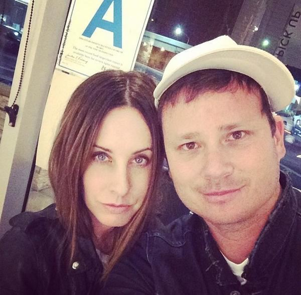 Tom DeLonge with cute, Wife Jennifer Jenkins