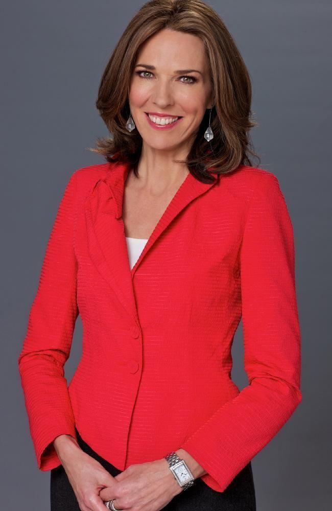 Jennifer Keyte Photo