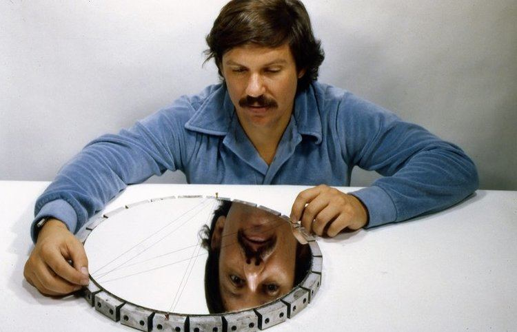 Jerry Nelson (astronomer) Jerry Nelson Designer of the Segmented Telescope Dies at 73 The