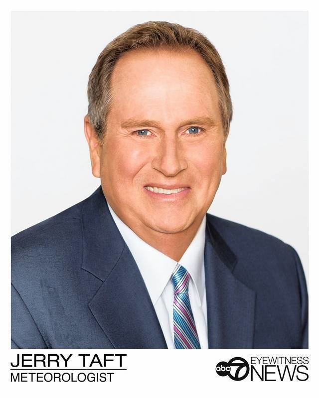Jerry Taft Cheryl Scott takes over ABC 7 10 pm weather report from Taft