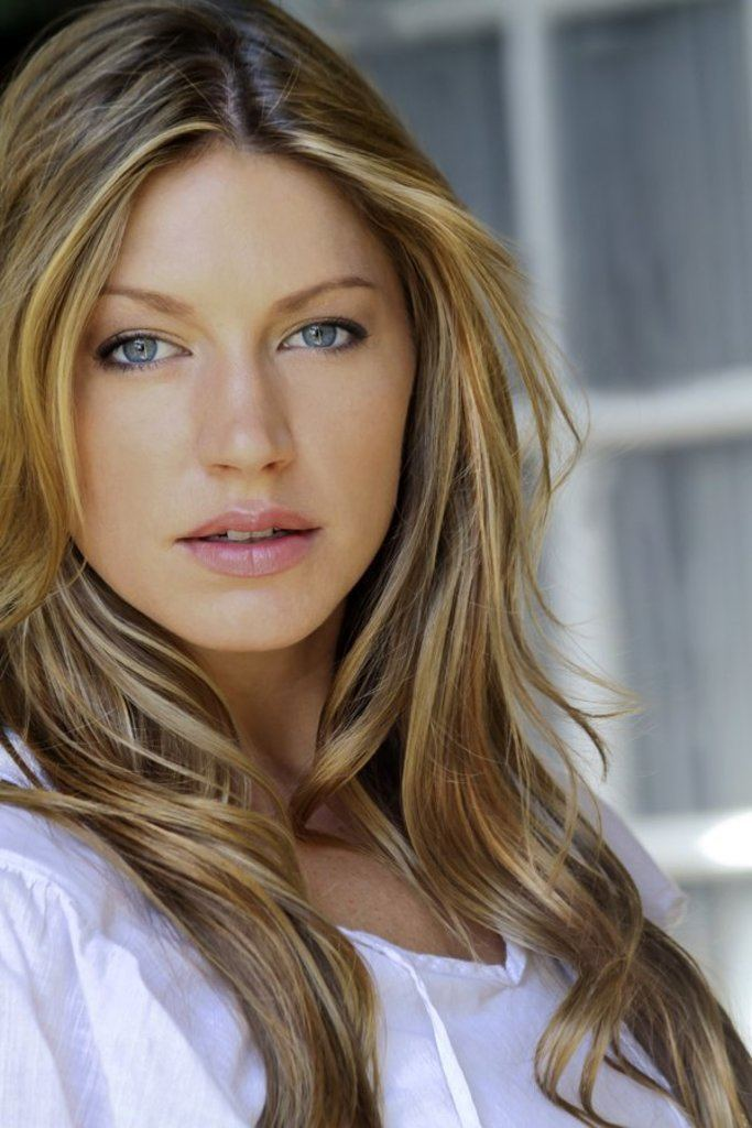 Jes Macallan Hottest Woman 51615 JES MACALLAN Mistresses King