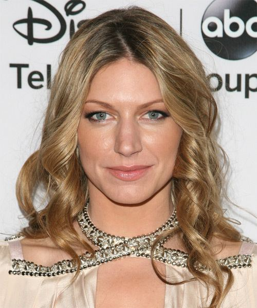 Jes Macallan Jes Macallan Medium Wavy Casual Hairstyle Dark Blonde