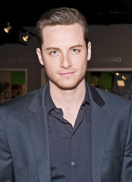 Jesse Lee Soffer Jesse Lee Soffer Pictures 39Chicago Fire39 and 39Chicago