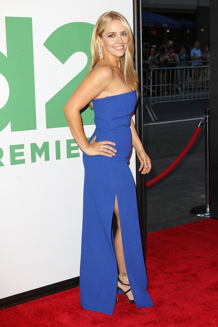 Jessica Barth Jessica Barth 39Ted 239 Premiere in New York City