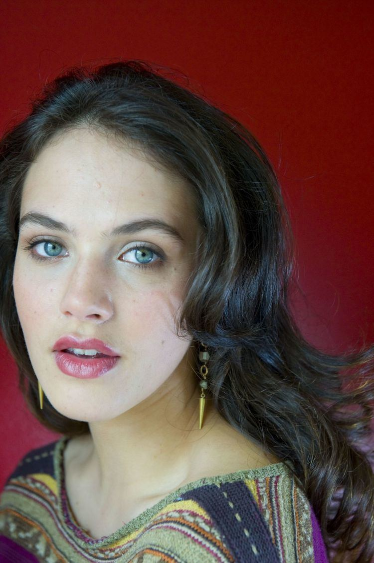 Communication on this topic: Natapohn Tameeruks, jessica-brown-findlay-born-1989/