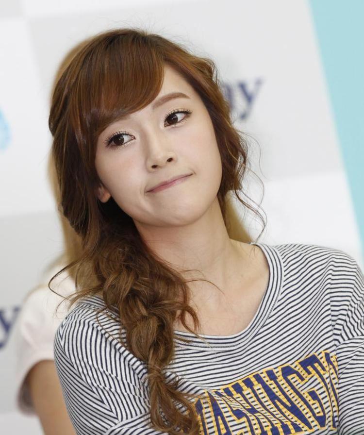 Jessica Jung wwwhollywoodtakecomsitesdefaultfilesstylesl